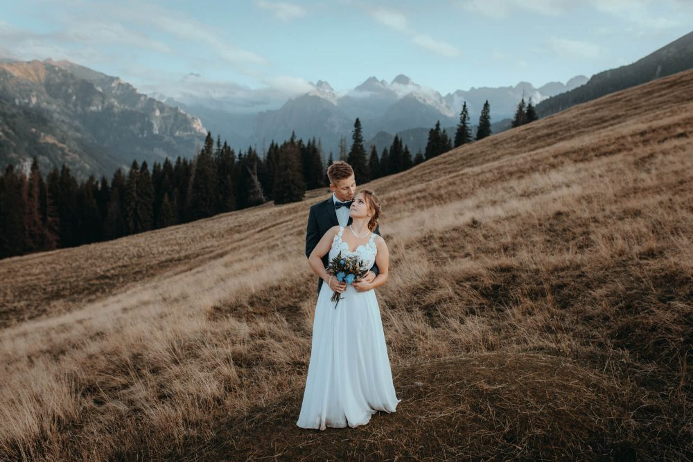 Sesja ślubna na Rusinowej Polanie, widok na Tatry