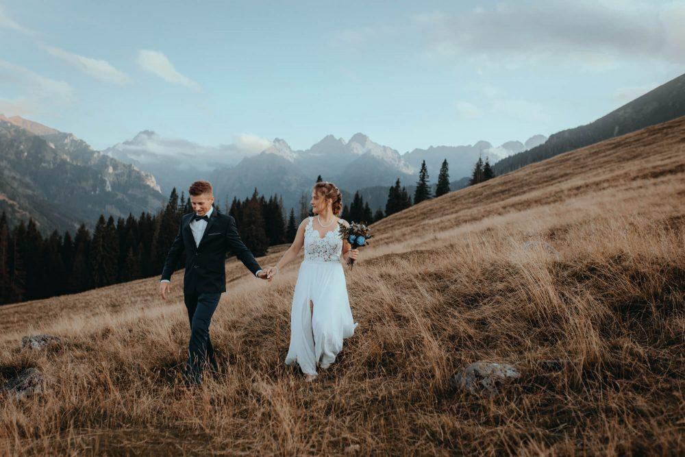Sesja ślubna na Rusinowej Polanie, zakochana para