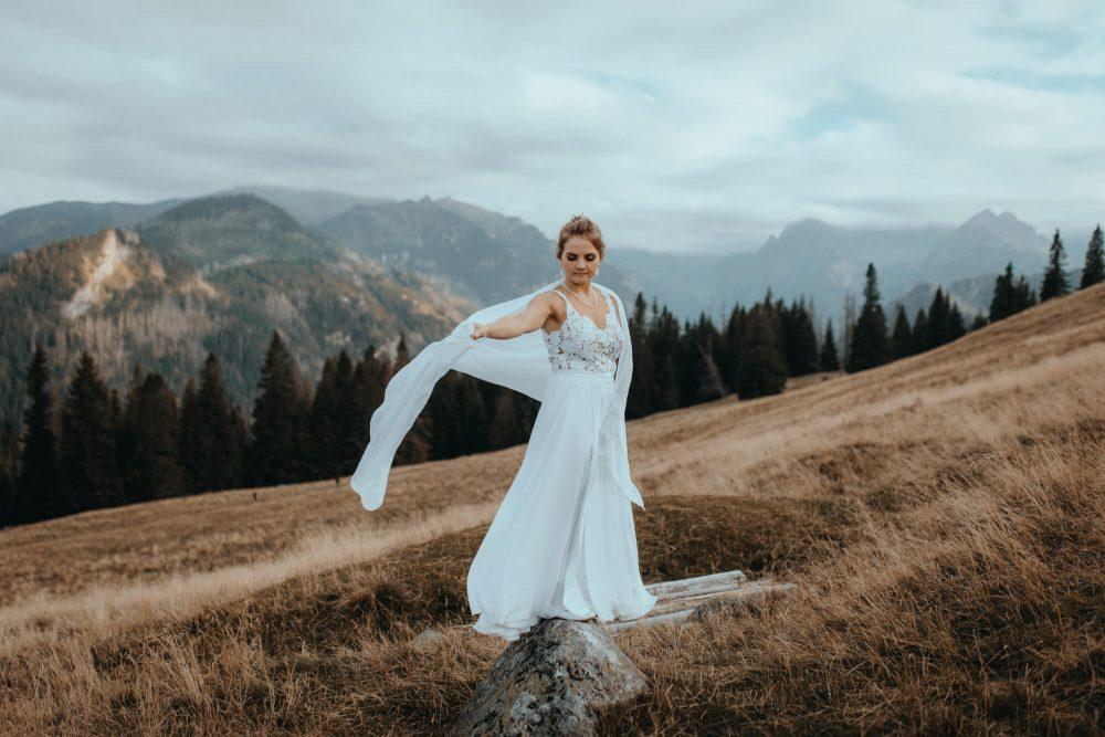 Sesja ślubna na Rusinowej Polanie, wiatr